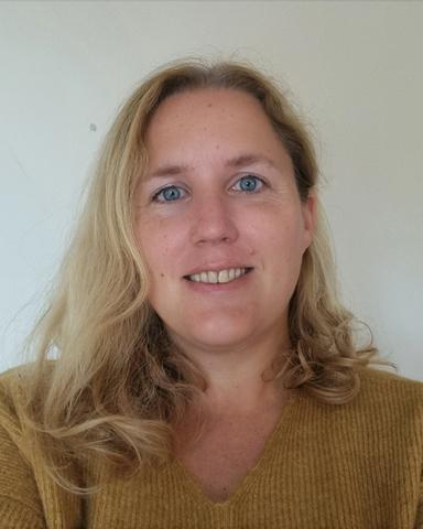 Vera Hallebeek