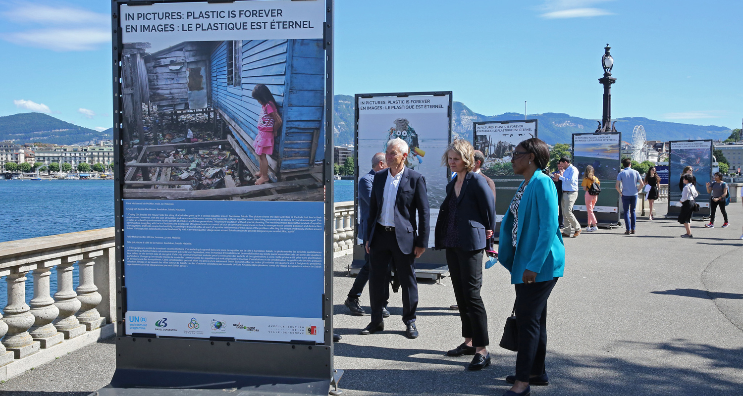 Photo exhibition on plastic waste open on Geneva waterfront and online